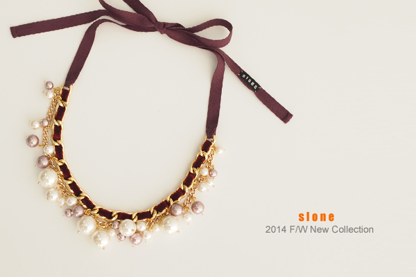 Goldy-wine Necklace