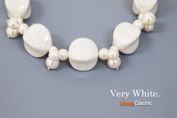 {SOLD OUT} VERY WHITE